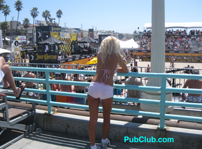 Manhattan Open Photos Downtown Bar Scene Manhattan Beach